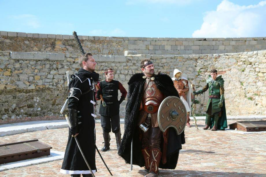 Les membres de la websérie made in Toulon ont décidé de lancer la première édition d'un festival à la tour Royale ce dimanche, entre 18 heures et minuit.
