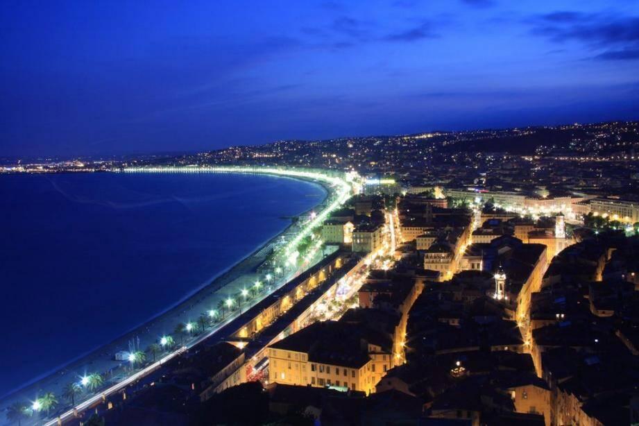 Illustration, vue du château de Nice