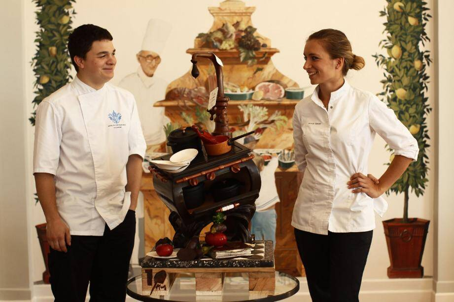 Cédric Rivière et Marie Simon deux artistes du chocolat et de la pâtisserie.