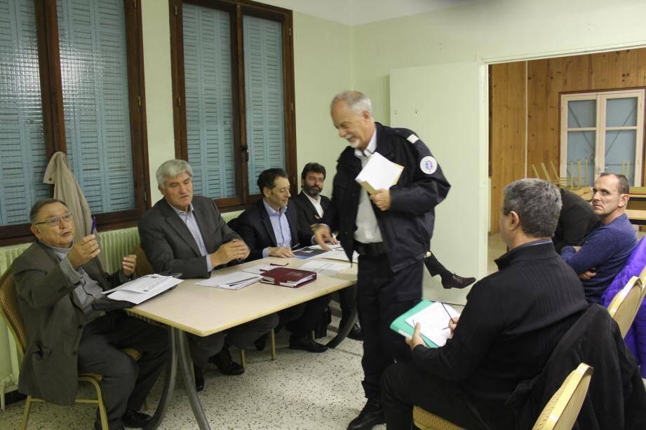 Les habitants déplorent une certaine insécurité… minimisée par les représentants de la police et de la mairie.
