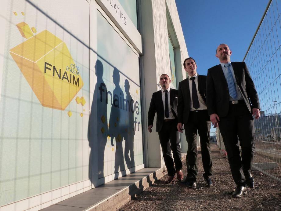 Frédéric Pelou (au centre), président de la FNAIM Côte d'Azur, avec ses vice-présidents William Siksik et Cyril Messika, hier à Nice-Méridia.