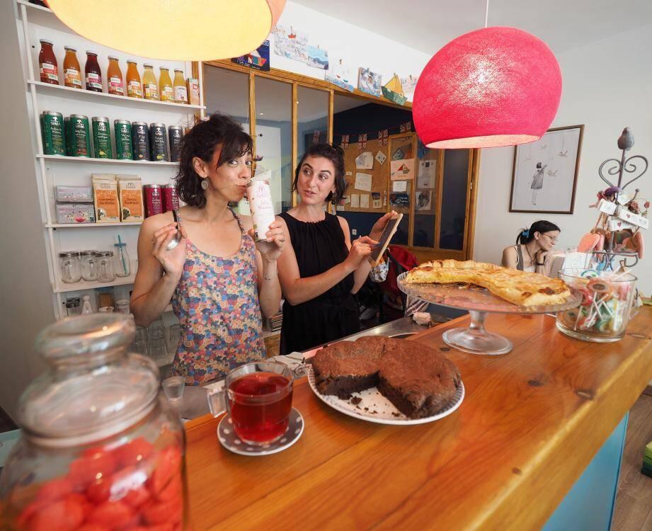 Ouvert depuis peu, le café poussette de Mélanie et Marthe sera inauguré aujourd'hui à 17h.