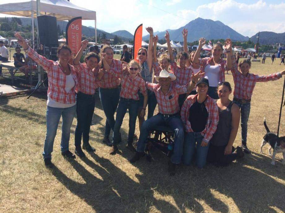 Les « Poon's » ont été très remarqués au challenge estival d'équitation à Levens.