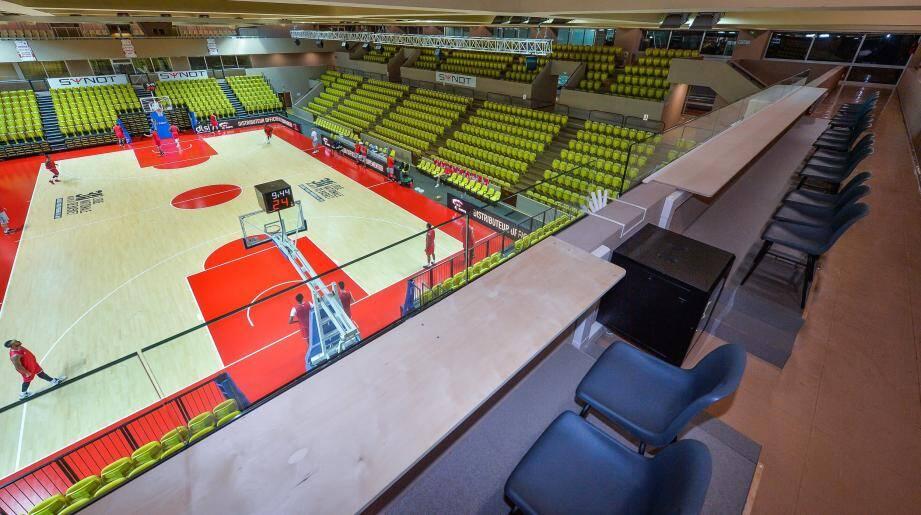 Plus de quatre mois après le dernier match officiel disputé à Gaston-Médecin face à l'ASVEL (demi-finale des play-offs), la Roca Team de Jamal Shuler retrouve son public contre l'Elan Chalon dans une salle Gaston-Médecin rénovée. Un événement attendu entre deux des favoris du championnat.