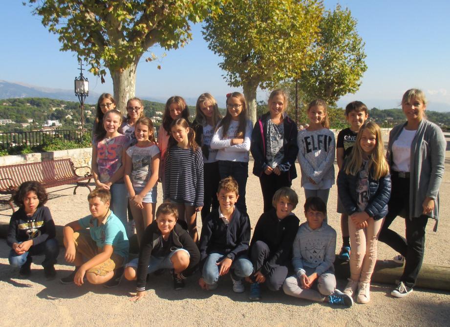 La classe de CM2 de Mme Gandré revient ce lundi pour un atelier au musée de la photo.