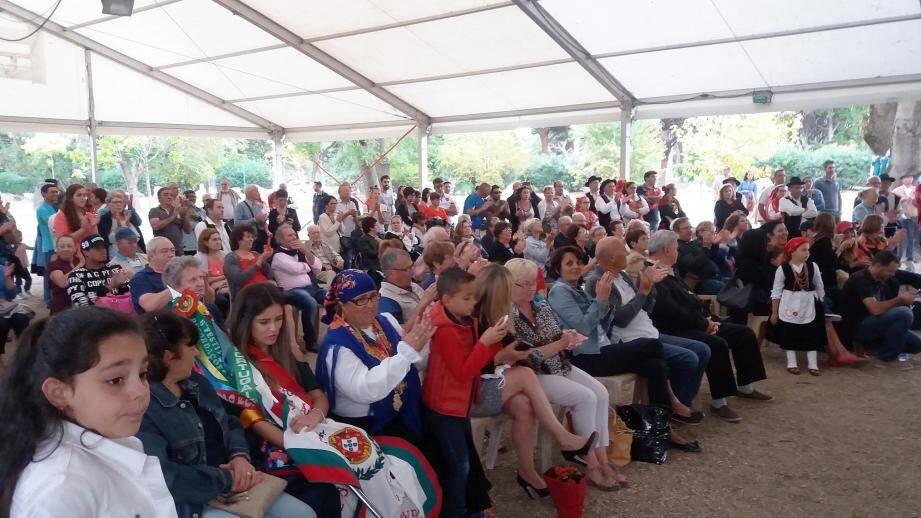 La communauté portugaise, entre autre, était au rendez-vous pour ce premier festival de danses folkloriques.