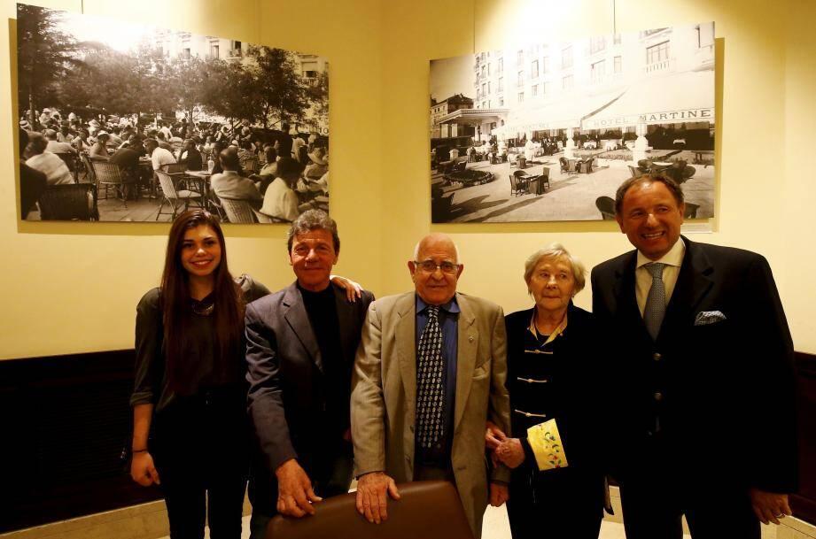 Mercredi soir, Gilles Traverso et sa fille Alice étaient présents lors du vernissage, accompagnés d'André Guillouard né au Martinez [nous y reviendrons] de son épouse et du directeur du palace Alessandro Cresta.