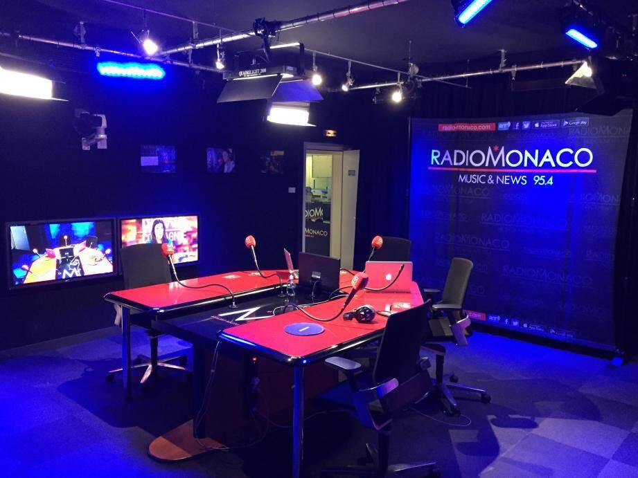 Les journalistes de Radio Monaco sont tous licenciés.