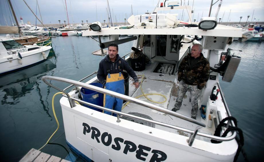 Lionel Brezzo, pêcheur professionnel à Menton, déplore une période creuse en janvier et février.