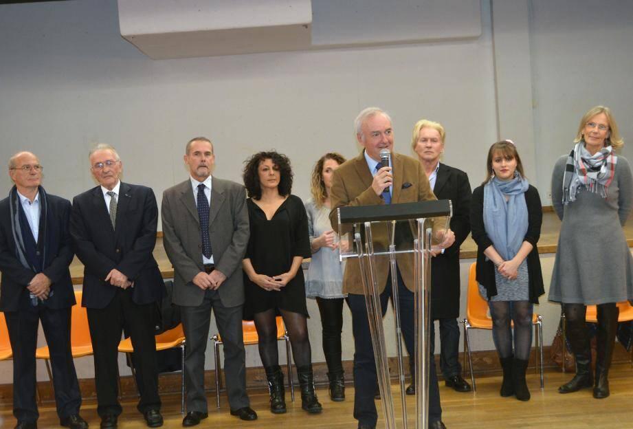Le maire était entouré par une bonne partie de son équipe majoritaire lors de cette cérémonie des vœux.
