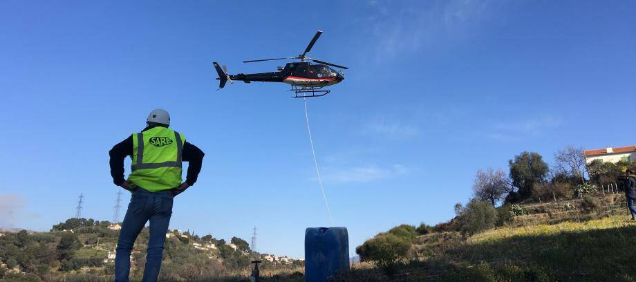 L'hélicoptère.
