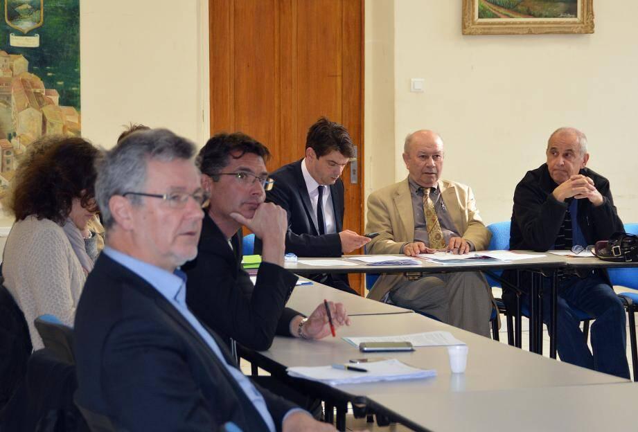 Une réunion principalement dédiée aux grands axes d'actions et budgétaires qui entreront dans le budget primitif 2017.