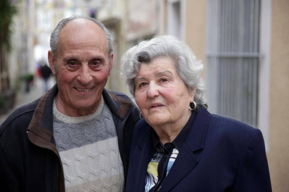 Adélaïde et Jospeh Mondin (à gauche) comme René et Simone Lemaire ont célébré, hier, leur amour infini...