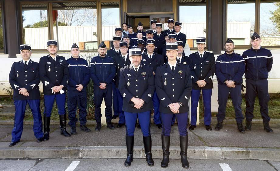 Le peloton autoroutier de Mandelieu, situé en bordure d'autoroute à la sortie 41, compte 34 gendarmes.