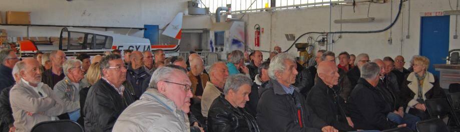 Le public durant l'assemblée générale.