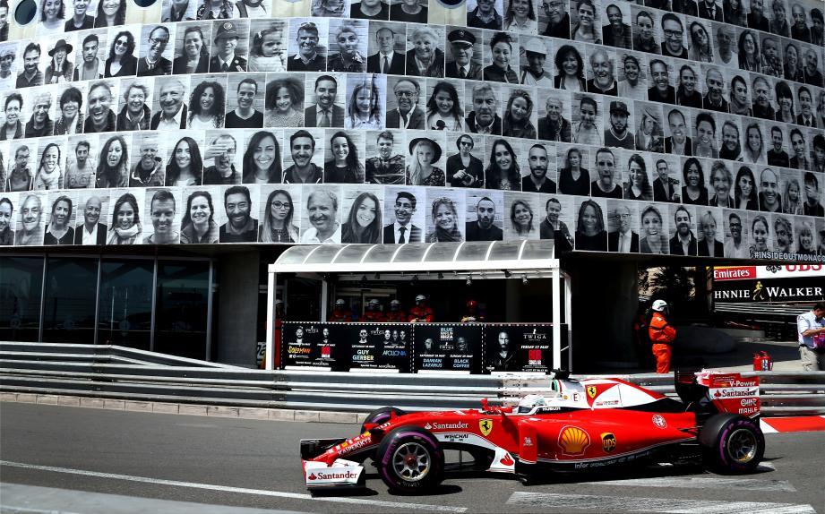 Le Grand Prix de Monaco 2016 avait été une vitrine sans pareille pour le projet et les clichés des bolides passant sous le nez des modèles de Mr OneTeas avaient fait le tour du monde.