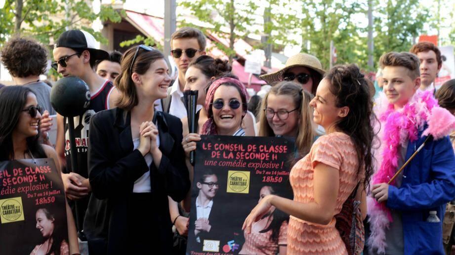 L'ambiance dans les rues de la cité des papes a plu aux étudiants qui ont joué à guichets fermés, devant une cinquante de personnes, huit soirs sur neuf.