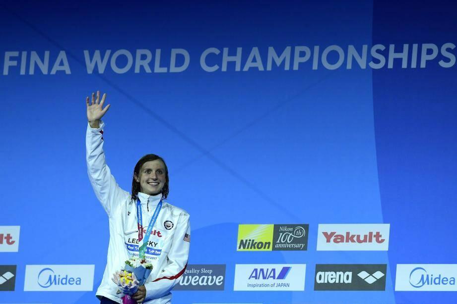 Katie Ledecky a déjà gravi deux fois la plus haute marche du podium.
