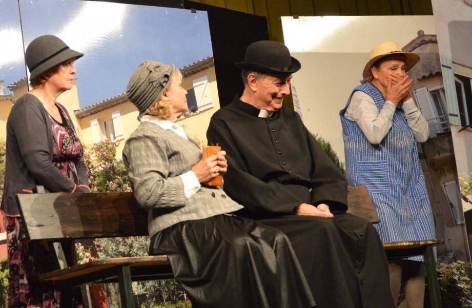 Au théâtre, les aînés ont passé un bon moment avec une pièce provençale savoureuse interprétée avec brio.