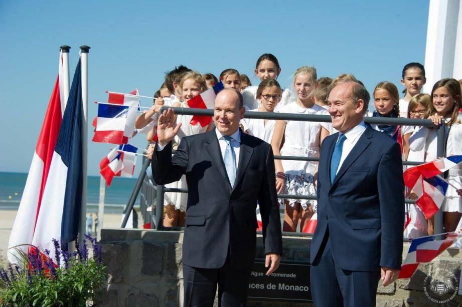 En septembre 2015, le souverain s'était rendu au Touquet, accueilli par le député-maire, Daniel Fasquelle, pour inaugurer  la digue-promenade « Princes de Monaco ».