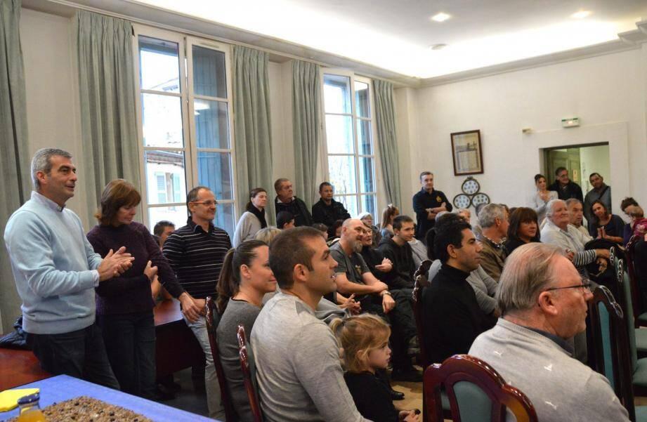 Le public était nombreux, attentif et la rencontre s'est déroulée dans une ambiance très détendue.