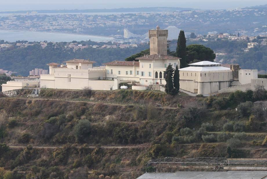 Le château de Crémat a un nouveau propriétaire.