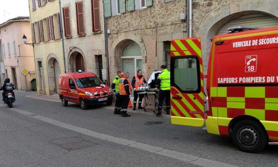 Un coureur a été pris en charge par les pompiers après avoir chuté dans le centre-ville.
