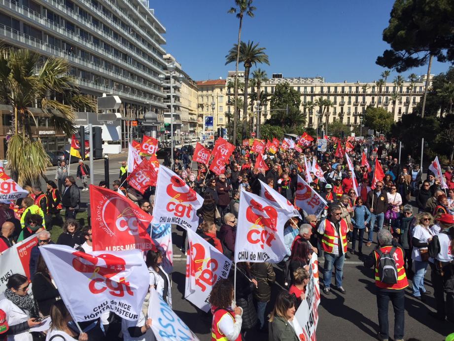 Ils étaient 2.500 selon la préfecture, 5.000 selon les syndicats, à être rassemblés ce jeudi matin.