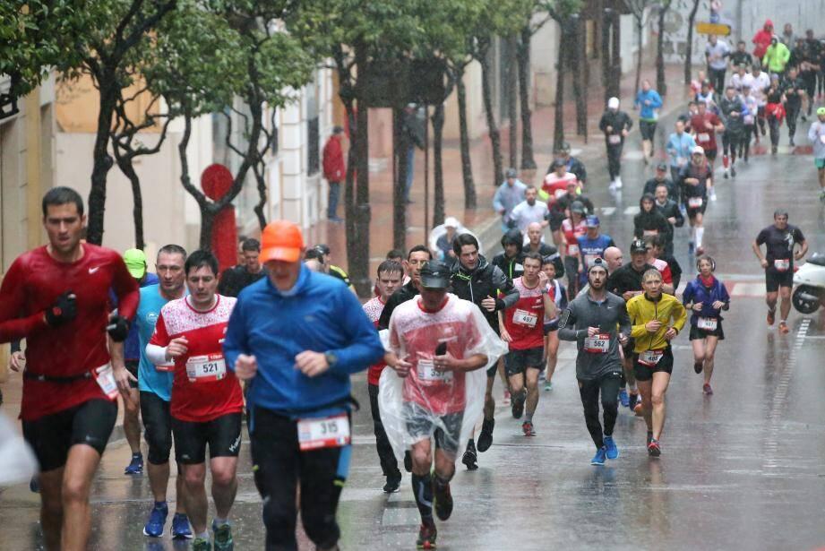 Avec seulement 300 participants de moins que l'année dernière, on peut dire que cette course a vraiment réuni des courageux.