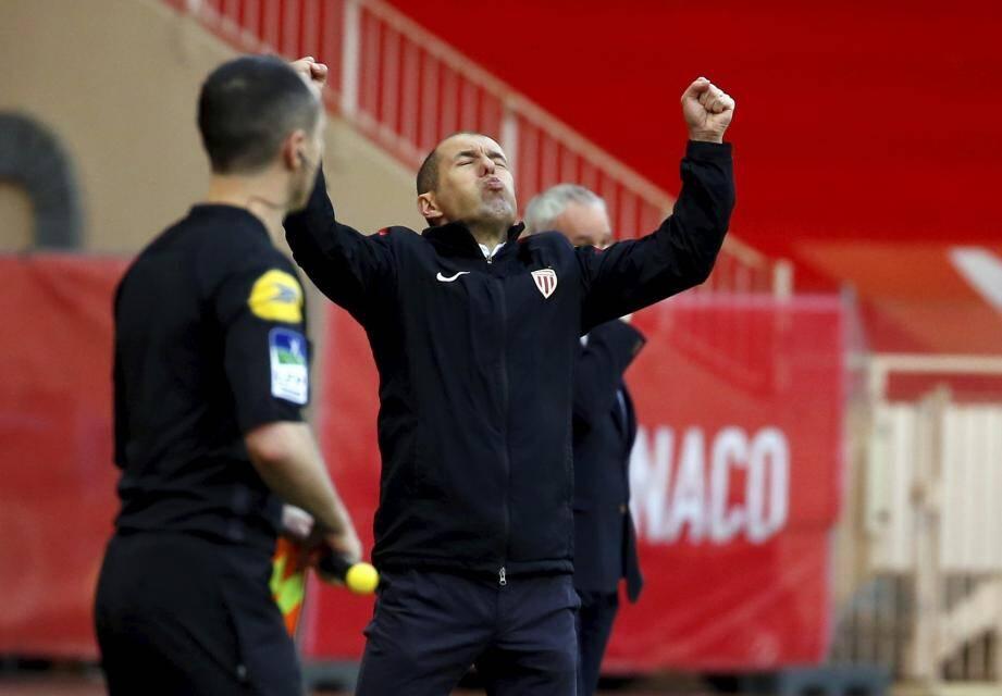 Jardim peux souffler : la victoire (2-1) est en poche .