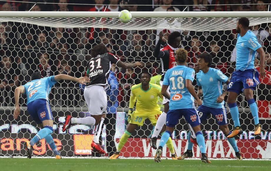 Au match aller, le 1er octobre 2017, Nice menait 2-0, mais avait finalement perdu 4-2. Une défaite qui avait laissé des traces côté niçois.