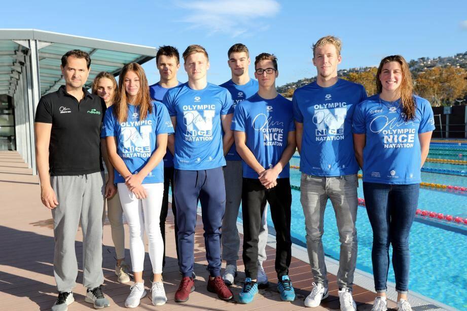 Meven Grandjean, Tom Paco Pedroni, Charles Rihoux, Ladislas Salczer et Jérémy Desplanches ont été médaillés de bronze sur le 4x100 m et d'argent sur le 4x100 m 4 nages.(Ph. Eric Ottino et DR)