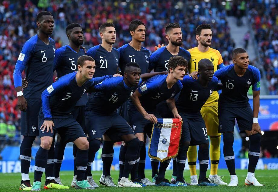 Victorieux de la Belgique en demi-finale (1-0), Deschamps devrait aligner au coup d'envoi le même onze de départ, devenu son équipe-type.