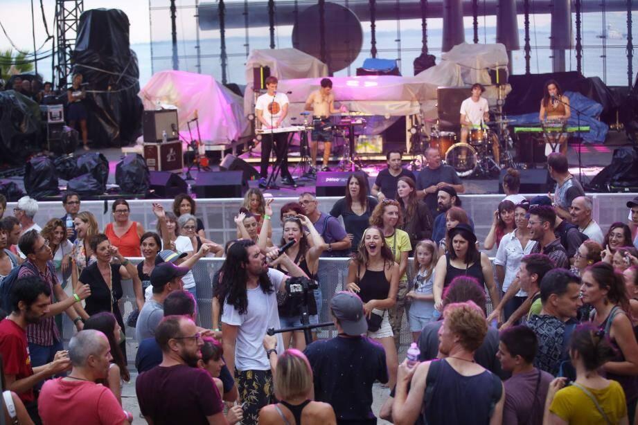Après le festival Lunallena qui s'est déroulé fin juillet, la scène et les gradins de Jazz à Juan ont été démontés.