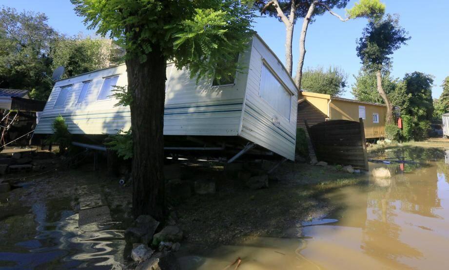 Inondation au camping du Pylone à Biot, du 3 octobre 2015.