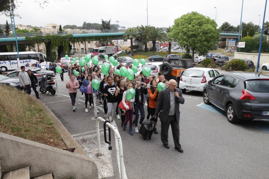 En mai 2016, une manifestation avait de façon symbolique été organisée aux Espaces d'Antibes.