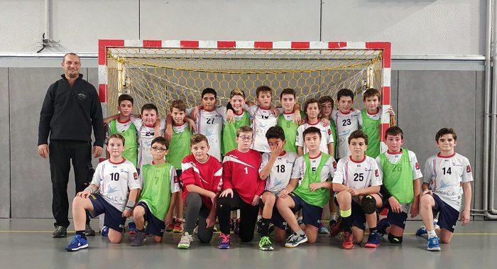 Les très jeunes handballeurs ont joué pour le Téléthon.