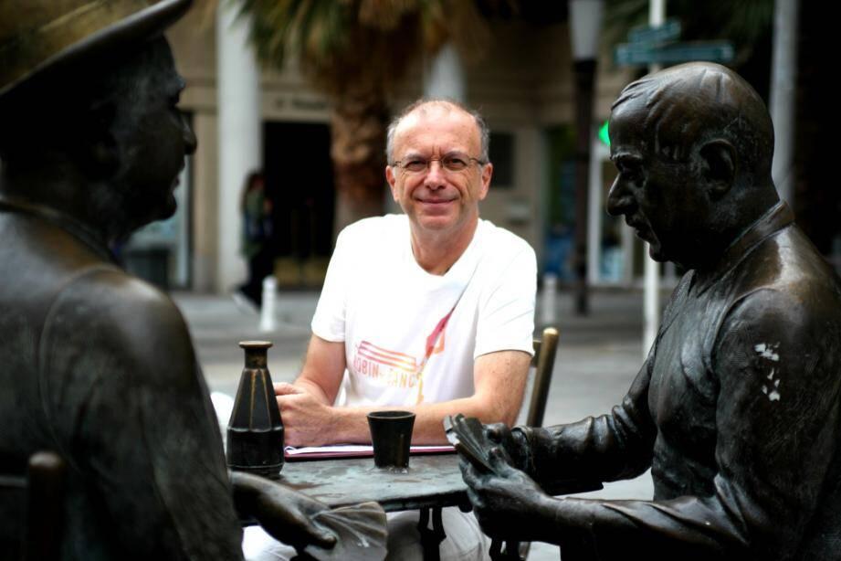 """Philippe Leroy est président de l'association Robin des bancs: """"tout le monde peut faire progresser la société dans laquelle on vit."""""""