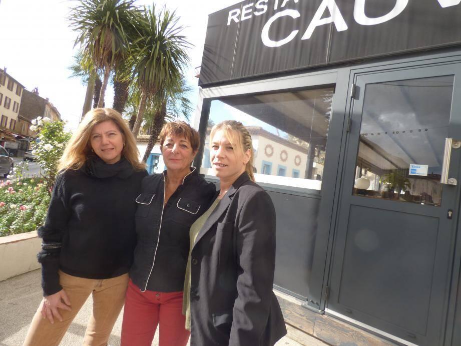 Christiane Thibault, la présidente seynoise du GNI 83, ici en mission à Cogolin, entourée de sa trésorière Alexia Amaudry et de sa commerciale bandolaise, Stéphanie Dehulster.