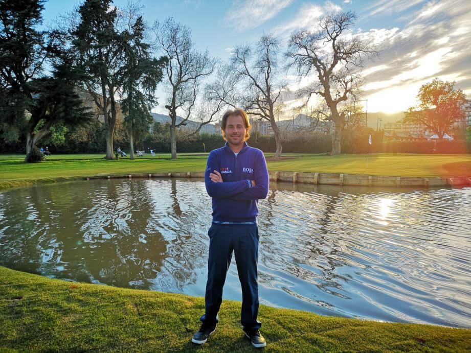 Le champion français Victor Dubuisson ambassadeur du Old Course a réalisé plus de 20 birdies sur 3 jours. Il repartira sur le Tour européen à la fin du mois à Oman, puis au Qatar.