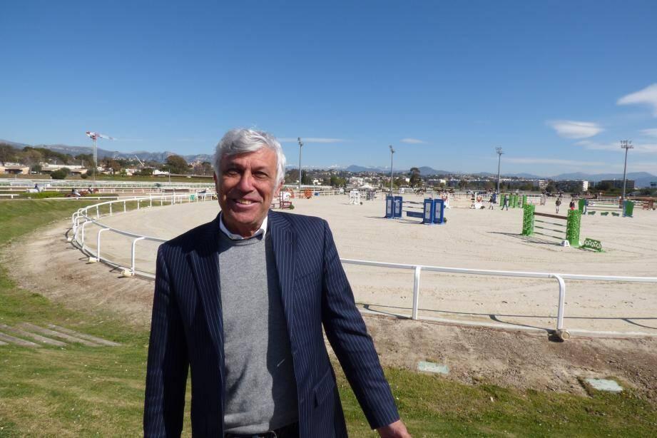 Jean-Michel Costamagna a signé une convention avec l'hippodrome pour pérenniser le Jumping pendant dix ans. Et il lâche la bride au duo qui va assumer la totalité de l'organisation.