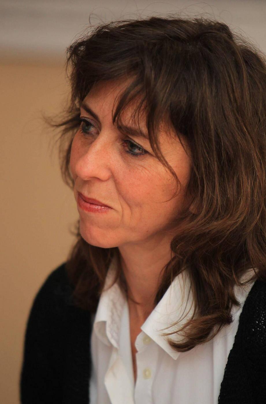 Le débat était animé par Nancy Cattan, chef de rubrique santé, en présence d'Axelle Truquet, journaliste santé, et de Pascale Primi, également journaliste qui a occupé de nombreux postes à la rédaction de « Nice-Matin ».