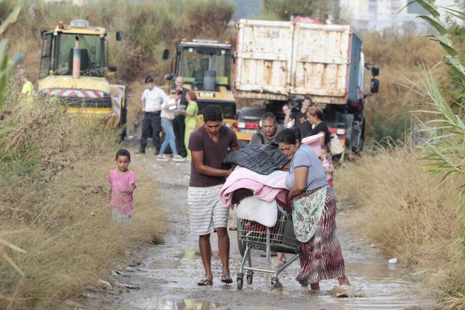 Expulsion du campement de Roms sur les berges du Var en 2016