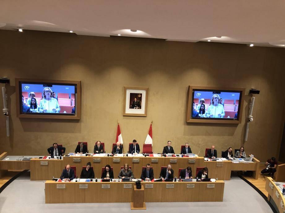 Déclaration solennelle de Brigitte Boccone-Pagès, au nom des vingt-quatre conseillers nationaux, avant le vote de la proposition de loi.