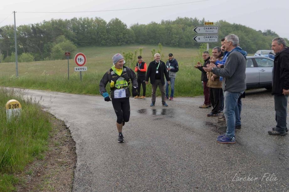 Philippe Verdier a couru pendant 24 heures sous la pluie, sur 222 km.(DR)