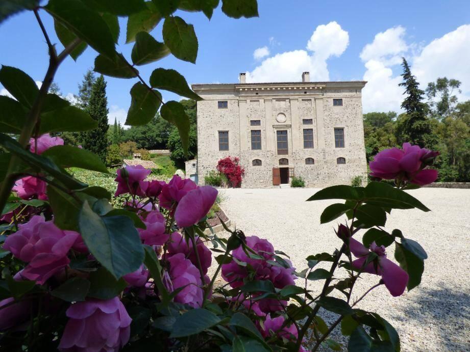 Le château de Vaugrenier, cinq siècles d'histoire locale.
