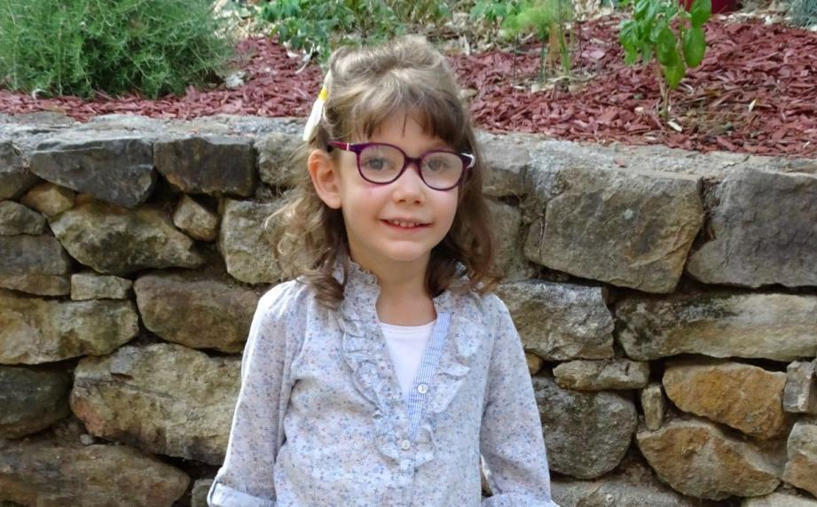 Léonie, 6 ans.
