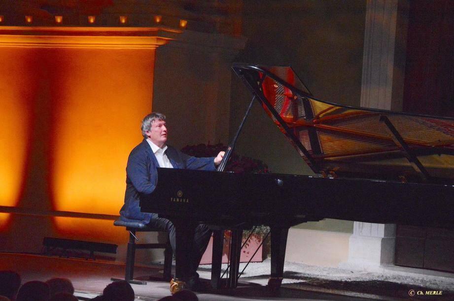 Boris Berezovsky: le piano somptueux des grandes soirées mentonnaises.