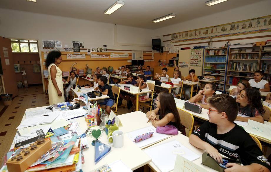 Au groupe scolaire Jeanne d'Arc, les élèves de CM1 ont rapidement pris leur rythme de travail.