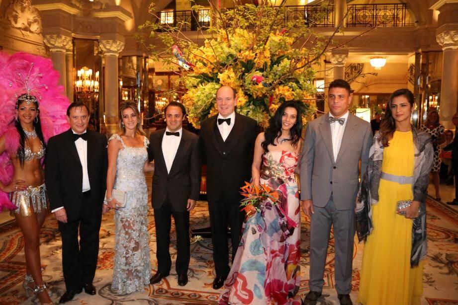 Depuis le 1er gala de l'association en 2015, en présence de la légende du football, Ronaldo, Luciana de Montigny s'efforce de lever des fonds pour des associations, cette année la Fondation Princesse Grace de Monaco.